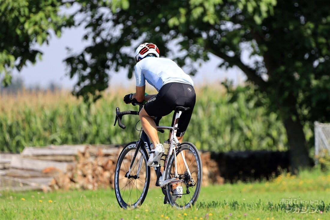 自転車もスムーズに積める車を選ぶなら